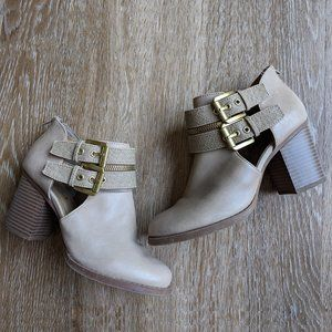 Soda Ankle Booties Size 9